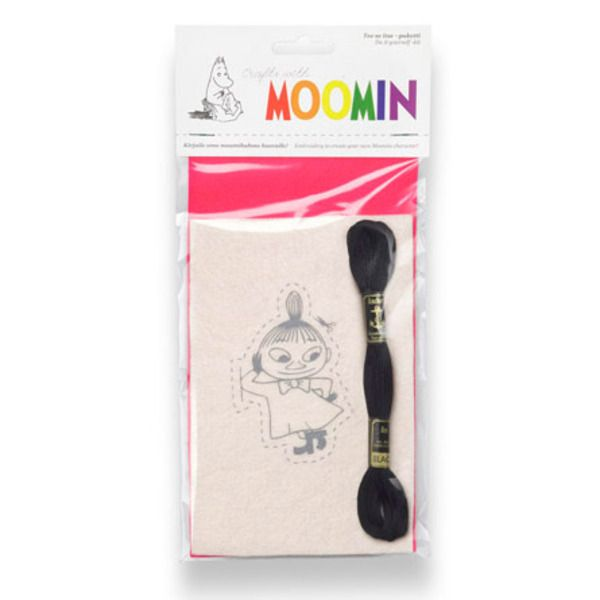 Do it yourself-kit to create your own Moomin character, felt quilt embroidery.