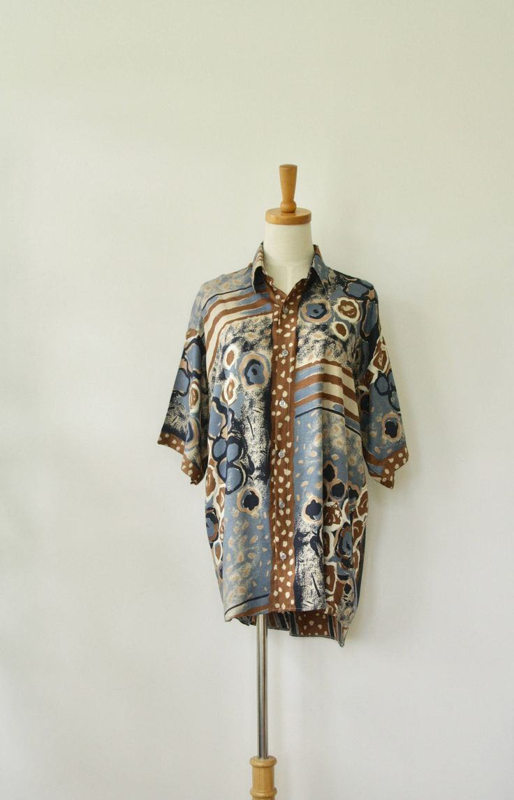Mens 90s abstract shirt. Blue brown mens shirt. 90s tribal shirt. Nineties mens shirt. 90s Artist shirt. Mens painterly shirt. Size M L by ForestHillTradingCo on Etsy