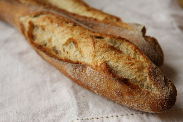 Francouzské venkovské bagety | Recepty | PEČENĚ-VAŘENĚ