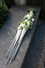 Funeral flower arrangement ~ Baudouin Roelants