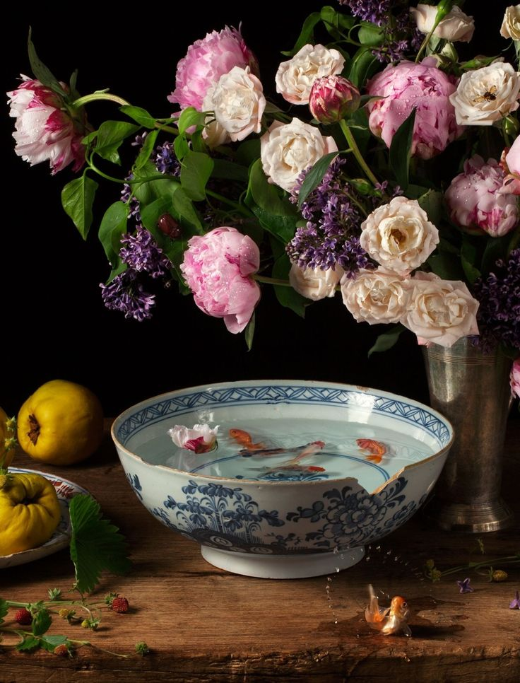 In her new book, Seizing Beauty, Paulette Tavormina creates fruit-and-floral portraits