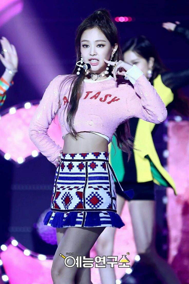 #BLACKPINK at MBC Music Core (Jennie)