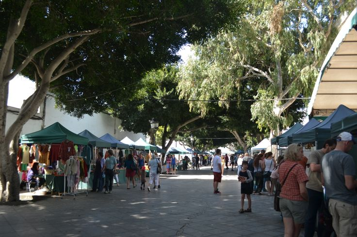 Sunshine with cloudy intervals in Lanzarote today, a stronger north wind 15-25 km/h and gusts up to 45 km/h. 5-15% chance of a shower this evening. 26 degrees. Image: Plaza de Haria Published: 23rd May 2014