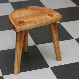Make a real Viking Stool - Lund Stool (It's a stool for spinning too (Between 17 and 20 seat hight.)
