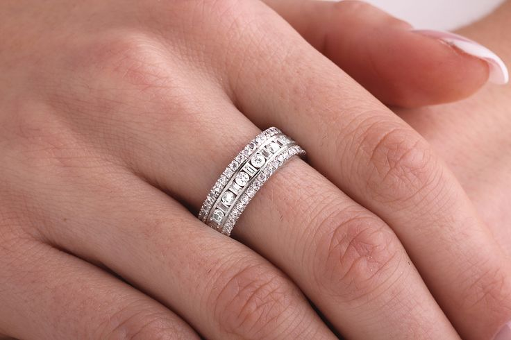 Inel/Verigheta dama aur alb 18kt cu diamante rotunde si forma bagheta - RDW131W pe https://www.royaldiamante.ro