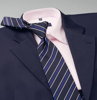 Серый костюм зеленая рубашка какой галстук подойдет