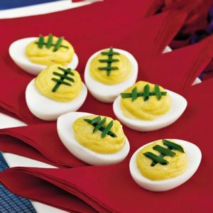 Football Deviled Eggs. Now why haven't I ever thought of decorating them like this?!