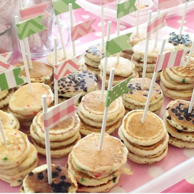 Aren't these just the cutest little pancake stacks decorated with our drink flags from the pancakes and pajamas custom party kit. Flags aren't just for straws anymore.