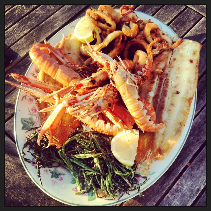 Seafood platter by Esther Amigo