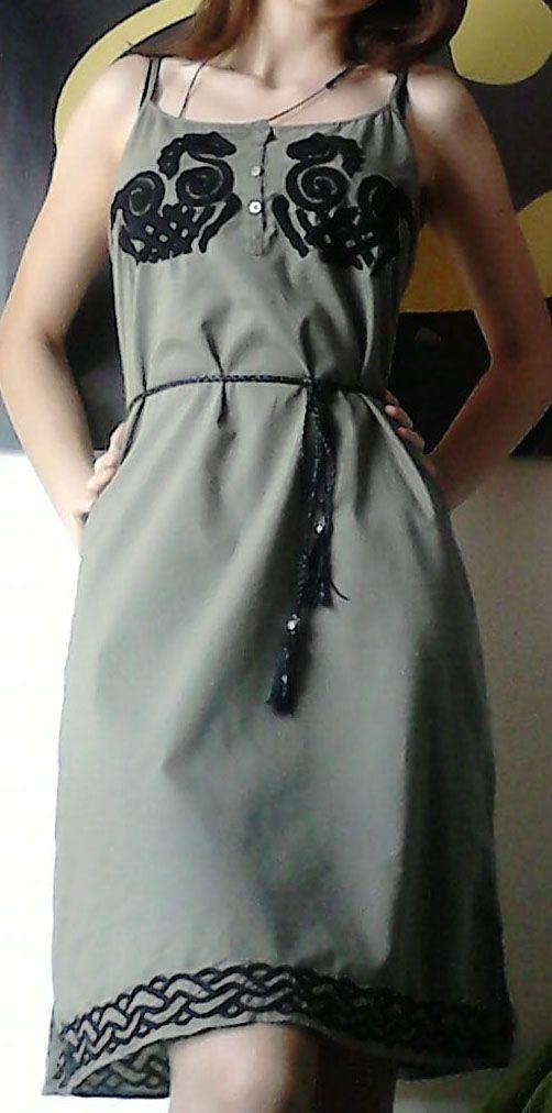 Sleipnir dress. Hand-made embroidery. Chain stich.