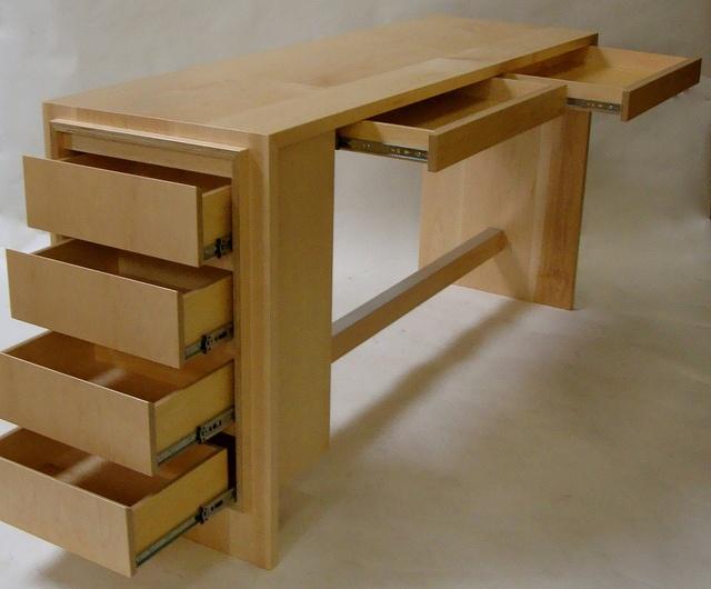Desk. Custom furniture by Jesse Knutson at Independent Woodworks, via Flickr