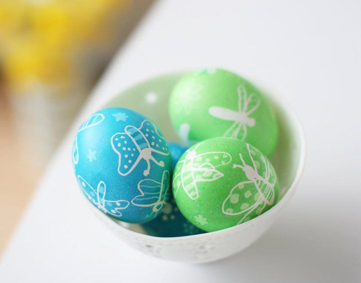 Idee fai da te :: Uova pasquali con la cera e i pastelli