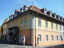 Imagini pentru Casa Lutsch