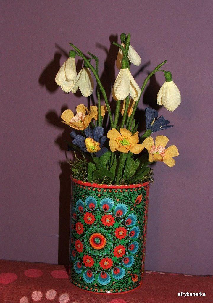 Przebiśniegi i pierwiosnki z bibuły (Flowers tissue-paper)