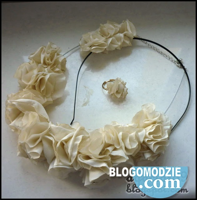 Diy Jak Zrobic Kwiaty Z Materialu Bizuteria Z Kwiatow Tutorial Jewelry Crafts Sewing Crafts Jewelry Inspiration