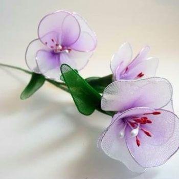 flores-de-meia-de-seda-roxas