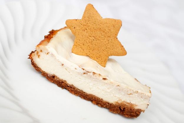 Pepperkakeostekake #cheesecake #gingerbread #baked #cream_cheese # ...