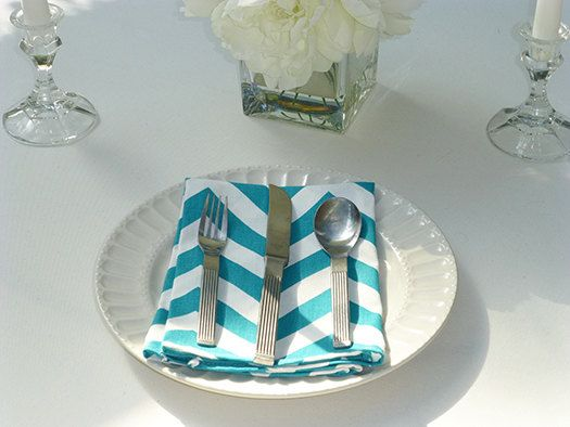 These Cloth Napkins, come in a Set of 4 and make wonderful wedding napkins.  Entertaining is so much fun and our cloth dinner napkins will surely be a lovely accent. Our cloth dinner napkins are made using a 100% cotton medium weight designer fabric. A wonderful touch for your dinner party, wedding event or special celebration.  ♥*¨) NEED A CUSTOM SIZE? ---------------------------------------------- Looking for a different size, style or fabric? Please click on the Request a Custom Order…