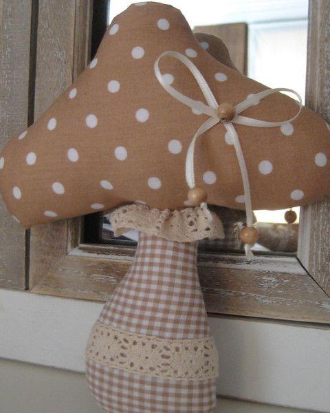 Wohnaccessoires - Pilz-Deko Herbst-beige Stoff- Landhaus - ein Designerstück von baerich61 bei DaWanda