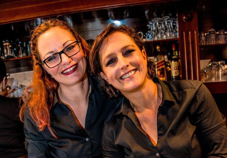 Andrea Litzcke und Petra Brüggemann sind Schwestern. Sie haben das Café Schwesterherz gegründet. Im Interview erzählen sie mehr von der Gründung und ihrem Alltag.