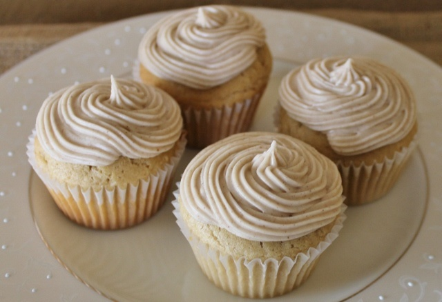 Chai Spiced Frosting: Frostings Recipes, Recipes Sweet, Cupcakes Recipes, Desserts Food, Easy Chai, Spices Frostings, Chai Cakes, Cooking Tips, Chai Spices