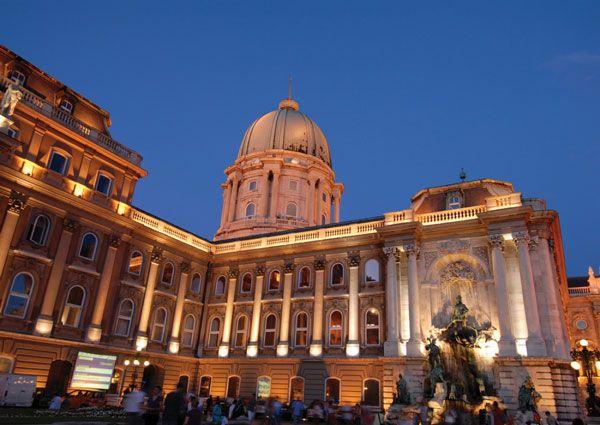 [Time Travel   헝가리  부다페스트]취재  성은주    유럽의 숨겨진 아름다운 도시들  헝가리  부다페스트    lsquo 동유럽의 장미 rsquo    lsquo 다뉴브의 진주 rsquo 라 불리는 헝가리의 수도 …