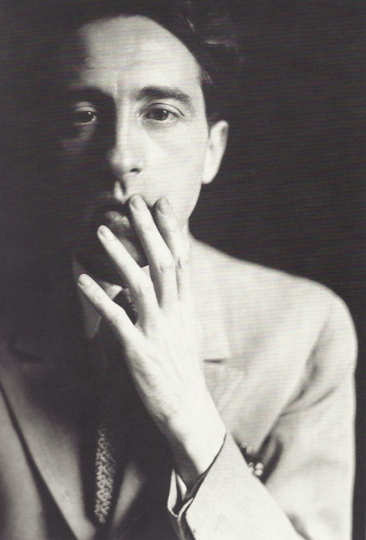 * Jean Cocteau 1929 - photo Germaine Krull