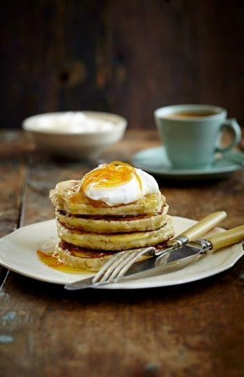 Oatmeal, Orange and Ricotta Hotcakes with Orange Syrup
