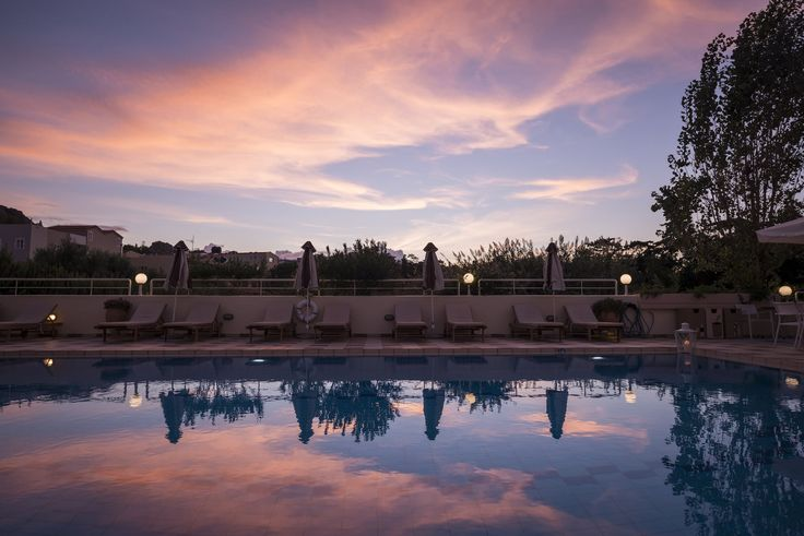 There's no better feeling than sipping a cocktail by the Oscar Suites & Village hotel pool while watching the Cretan sky at sunset. #Oscar #OscarHotel #OscarSuites #OscarVillage #OscarSuitesVillage #HotelChania #HotelinChania #HolidaysChania #HolidaysinChania #HolidaysCrete #HolidaysAgiaMarina #HotelAgiaMarina #HotelCrete #Crete #Chania #AgiaMarina #VacationCrete #VacationAgiaMarina #VacationChania #sunset #pool