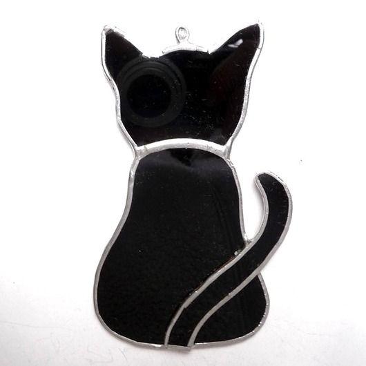 Black cat looking out the window, stained-glass cat :) // Czarny kot wyglądający przez okno, witrażyk :)
