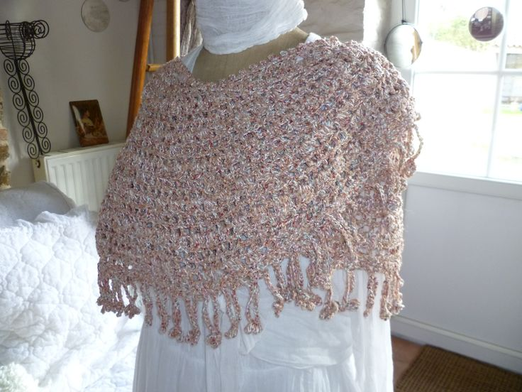 Crescent Moon Shawl Free Crochet Pattern : 1000+ images about Crescent moon on Pinterest Ravelry ...