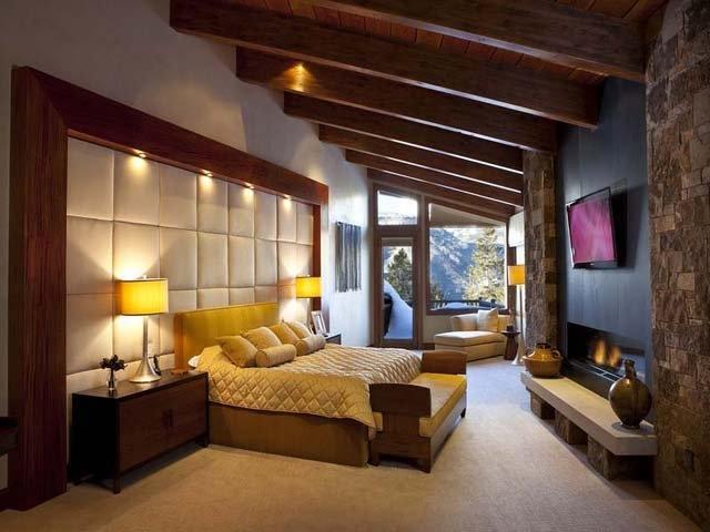 Rocky Mountain log home bedroom.