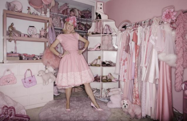 Kitten Kay Sera - the woman whose entire world is pink | Metro.co.uk