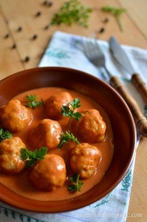 Pulpeciki drobiowe w sosie pomidorowym