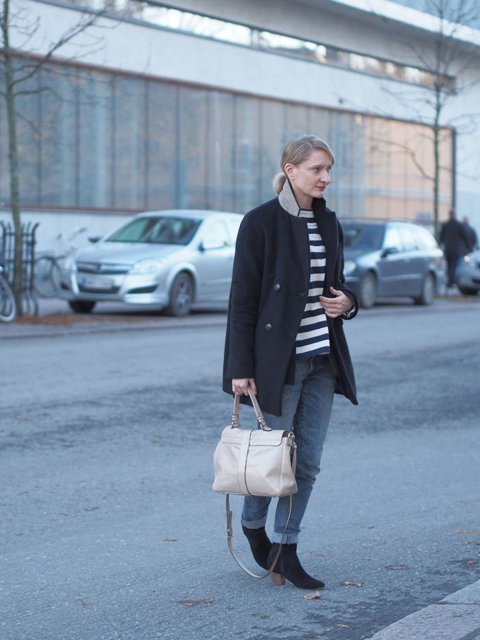 Muoti mielessä Filippa K Peacoat stripes Mulberry Harriet: not really elderly; she's just so classy :)