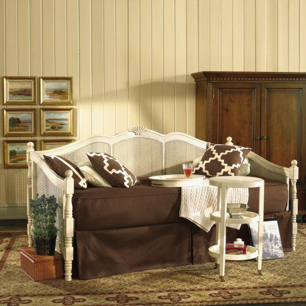 cane daybeds