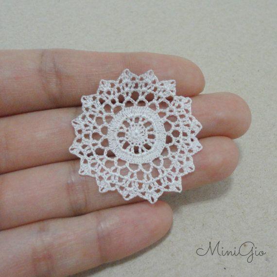 Miniature crochet round doily 1.4 inches dollhouse by MiniGio