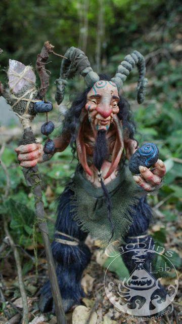 The Goblin´s Lab: Frauleaf the faun guardian of the yew / Frauleaf el fauno guardián del Tejo