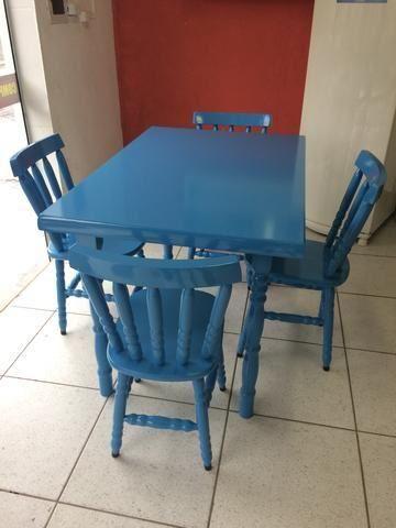 Mesa de madeira azul( leia o anuncio)