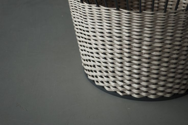 """""""Meet the Wicker"""" pattern by Chudy and Grase"""