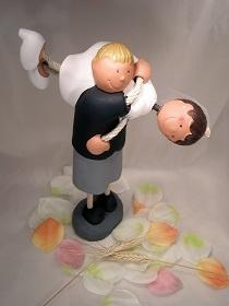 Muñecos de bodas -Novia hombros novio - Invitaciones, regalos y muñecos para Bodas