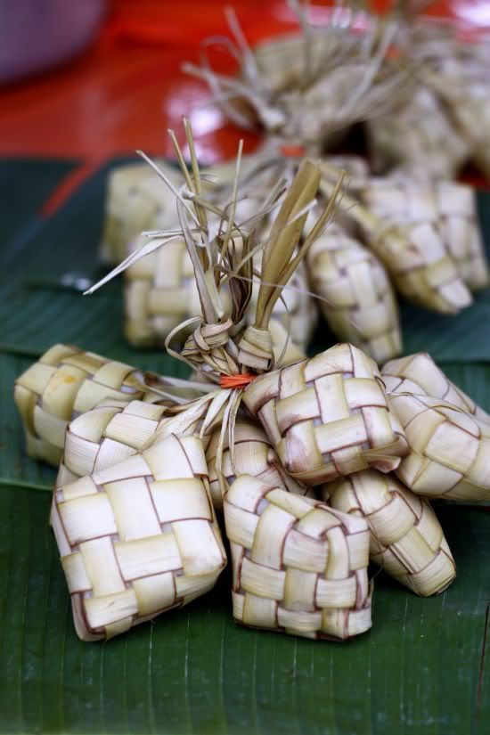 Lontong & ketupat is rice cake. Lontong is wrapped in banana leave meanwhile Ketupat use coconut tree leave.