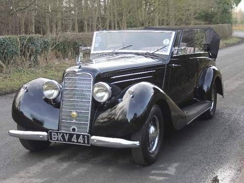 Hillman Hawk Cabriolet(1936) Maintenance/restoration of old/vintage vehicles…