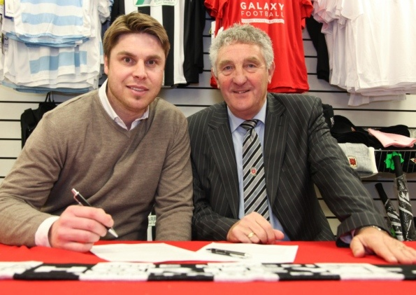 Garry Flitcroft has committed his future to Chorley FC by signing a two-year contract.