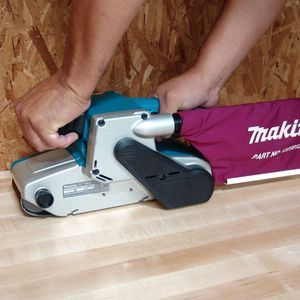 Makita 9404, 4-by-24-Inch Variable Speed Belt Sander