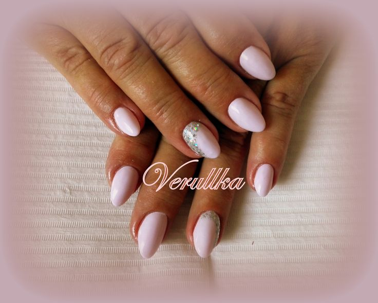 Light pink gel nails with glitters