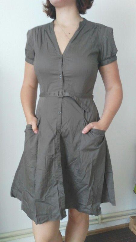 Letni khaki šaty s knoflíky