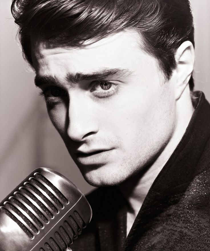Daniel Radcliffe. Why the hell do I feel guilty for thinking he is gorgeous?