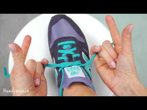 Veters strikken in 2 seconden | TIP van Domino Kinderkleding - YouTube