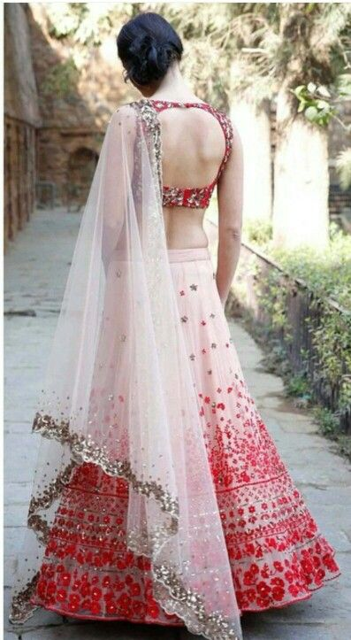 Drool worthy outfits by Aastha Narang